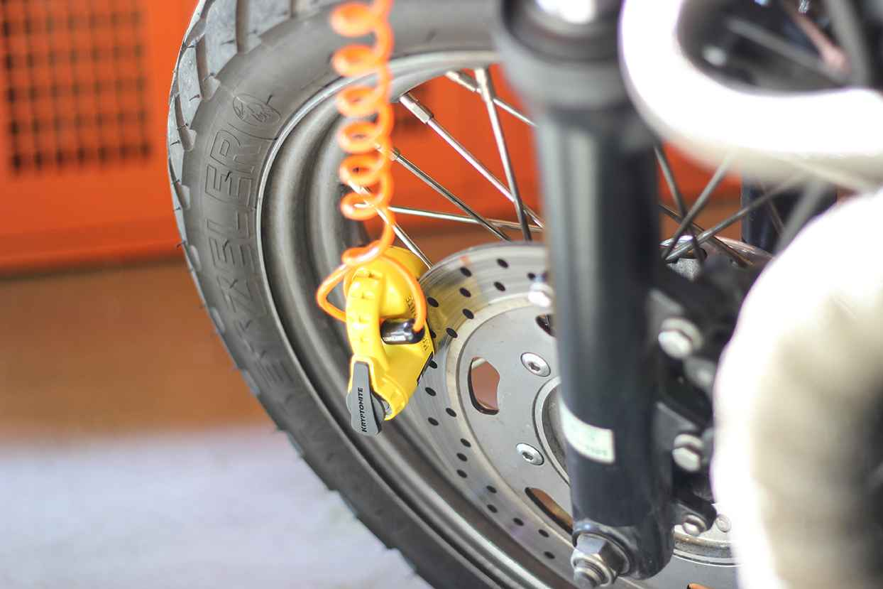 Motorcycle Lock-up